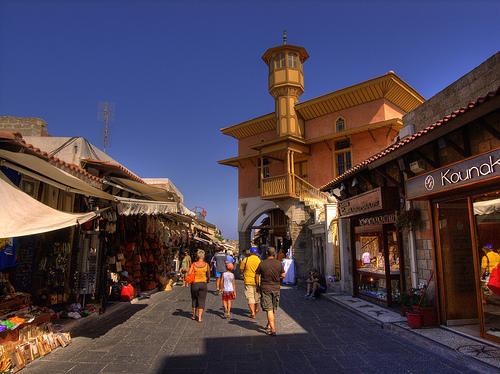 Rodoksen kaupunki Rodos Kreikka matkat source:http://www.flickr.com/photos/joncrel/1215428720/